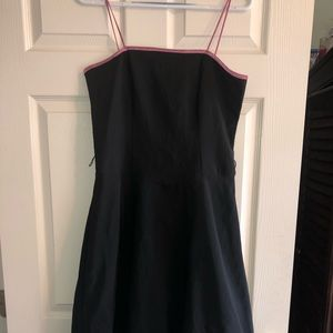 B Smart beautiful black dress